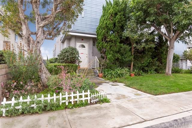 2014 Vanderbilt Lane #7, Redondo Beach, CA 90278 (#SB17264279) :: Go Gabby