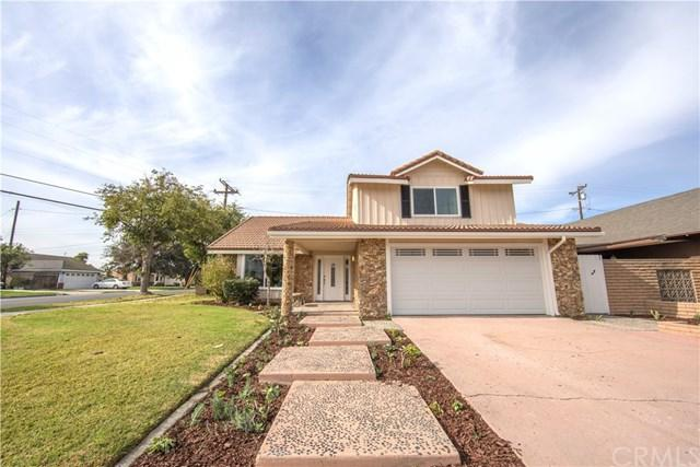11221 Bennington Street, Los Alamitos, CA 90720 (#OC17266474) :: Kato Group