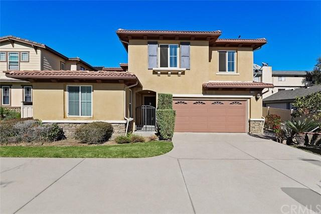 2108 Stanley Avenue, Signal Hill, CA 90755 (#PW17265434) :: Kato Group