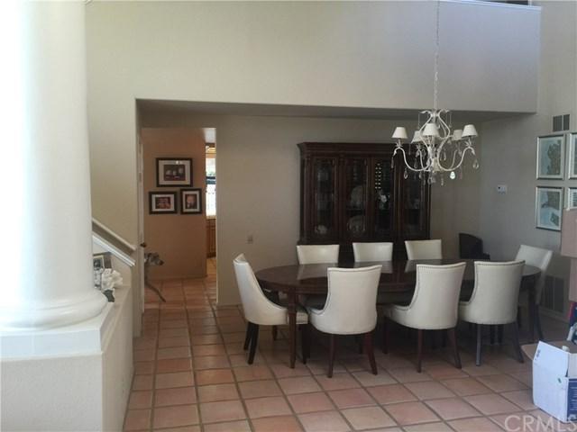 15 Tirremia Drive, Dana Point, CA 92629 (#OC17267026) :: Berkshire Hathaway Home Services California Properties