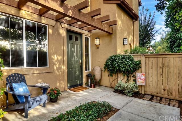 14 Bolinas #19, Irvine, CA 92602 (#OC17265197) :: DiGonzini Real Estate Group