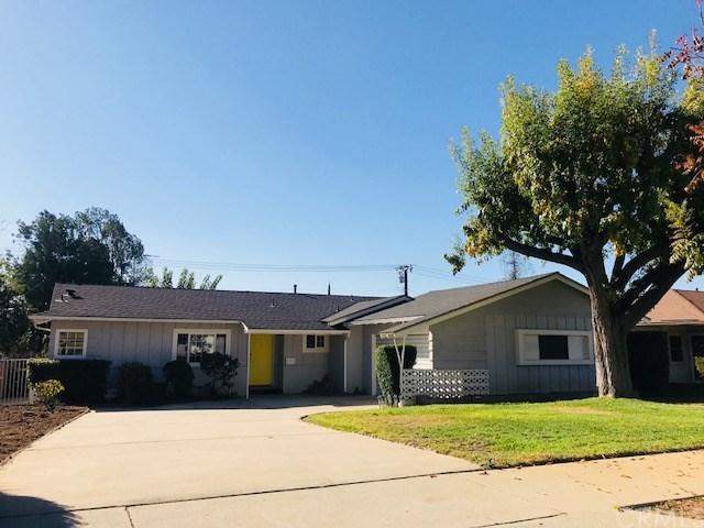 212 E 5th Street, San Dimas, CA 91773 (#PW17267848) :: RE/MAX Masters