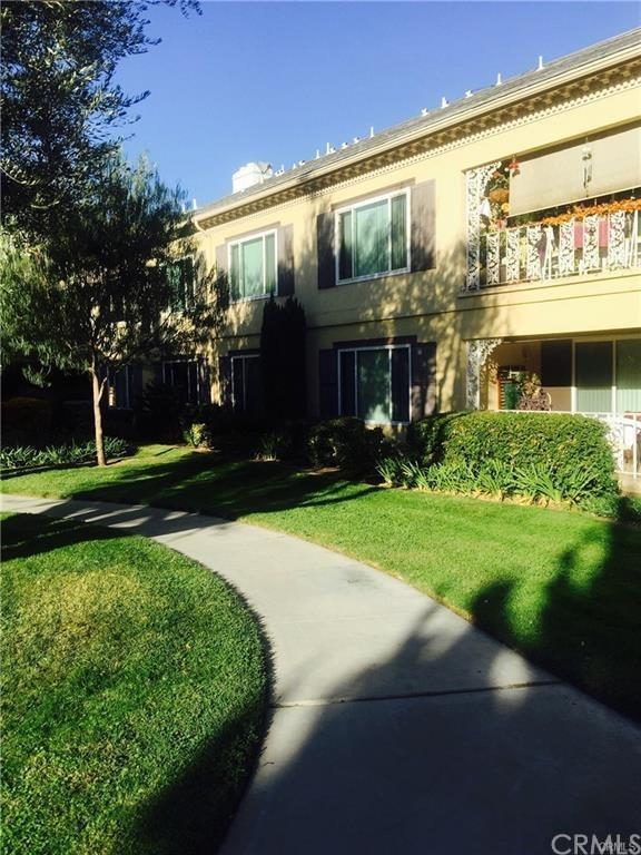 1520 S Pomona Avenue B19, Fullerton, CA 92832 (#TR17268942) :: The Darryl and JJ Jones Team
