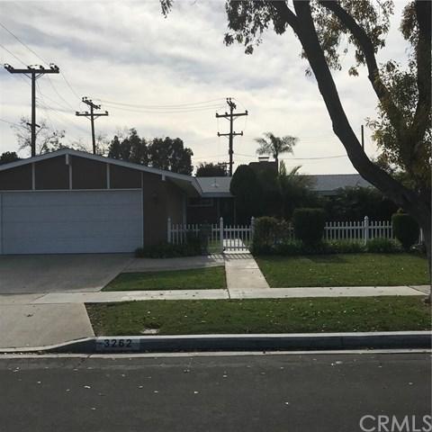 3262 Tucker Lane, Los Alamitos, CA 90720 (#OC17269193) :: Kato Group