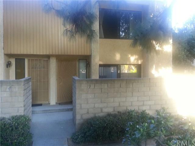 8633 Balboa Boulevard #13, Northridge, CA 91325 (#SW17269985) :: Fred Sed Realty
