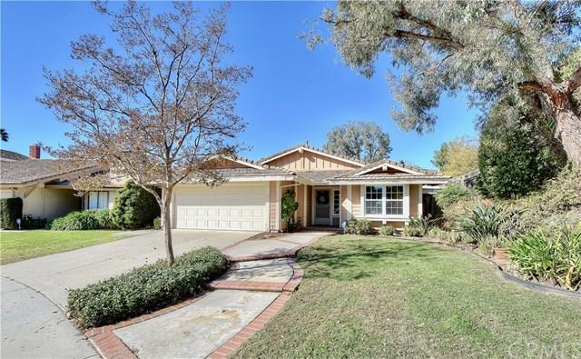 1 Calle Adobe, Rancho Santa Margarita, CA 92688 (#OC17270924) :: DiGonzini Real Estate Group