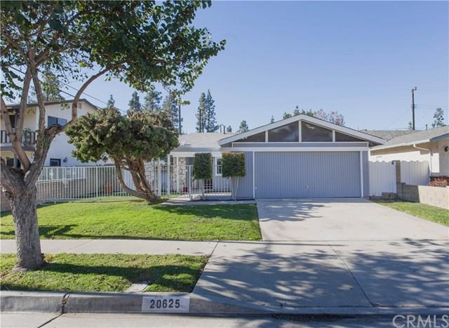 20625 Vendale Drive, Lakewood, CA 90715 (#PW17269658) :: Kato Group