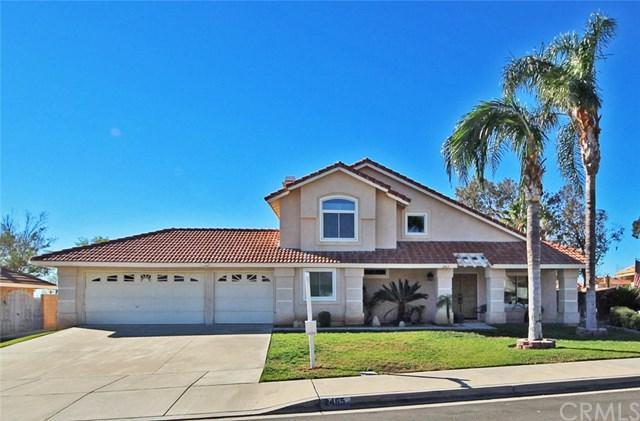 2465 W Via Bello Drive, Rialto, CA 92377 (#CV17271047) :: Mainstreet Realtors®
