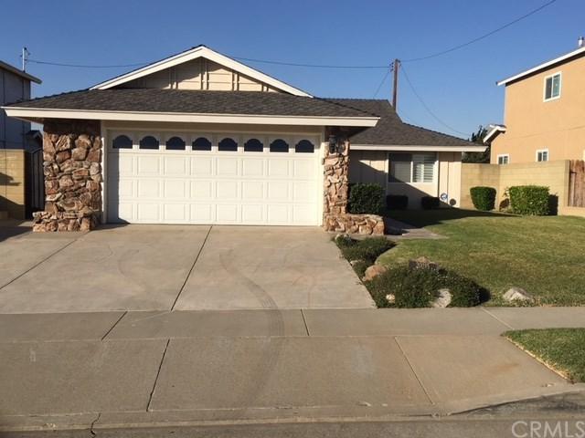 20215 Dalfsen Avenue, Carson, CA 90746 (#PW17271123) :: RE/MAX Estate Properties