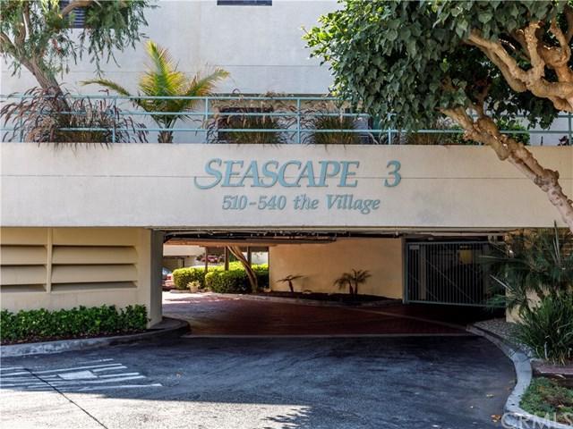 510 The Village #201, Redondo Beach, CA 90277 (#SB17269762) :: Keller Williams Realty, LA Harbor