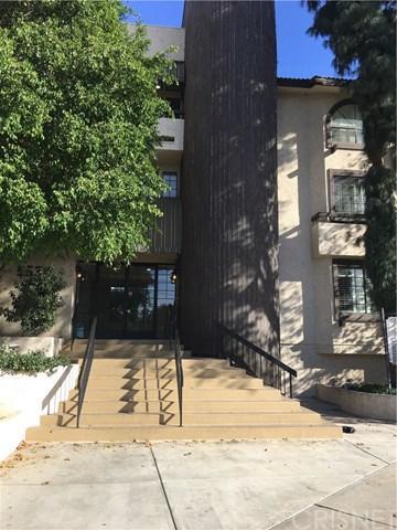 5534 Encino Avenue #313, Encino, CA 91316 (#SR17269522) :: Fred Sed Realty