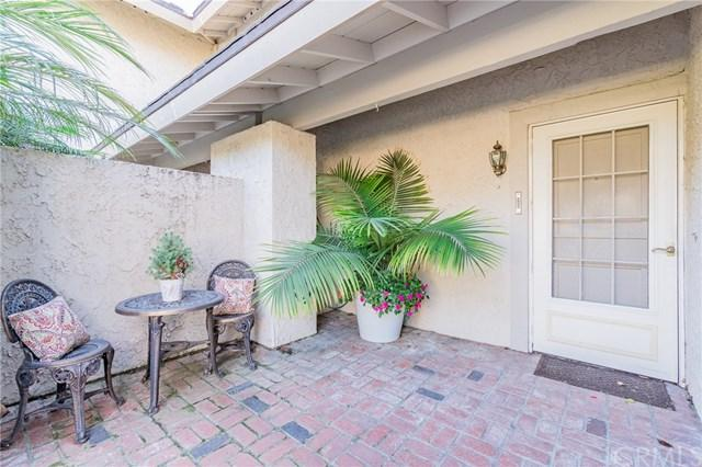 14412 Suffolk Street, Westminster, CA 92683 (#PW17270994) :: Scott J. Miller Team/RE/MAX Fine Homes