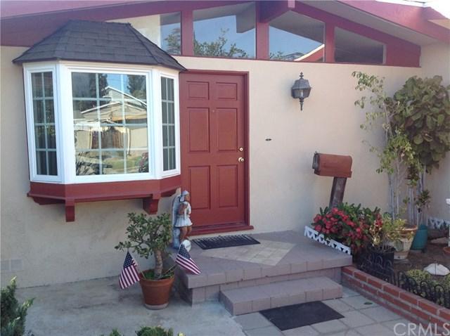 560 N Wayfield Street, Orange, CA 92867 (#PW17272030) :: Teles Properties   A Douglas Elliman Real Estate Company