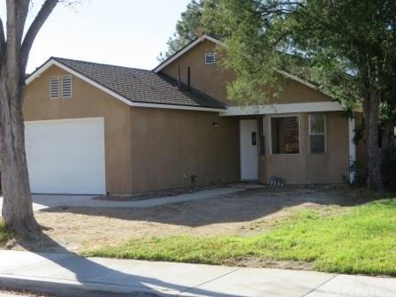 1019 Ivy Street, Hemet, CA 92545 (#IV17272047) :: California Realty Experts