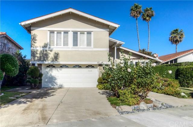 9801 Mammoth Drive, Huntington Beach, CA 92646 (#OC17272238) :: DiGonzini Real Estate Group