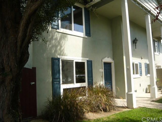 12100 Montecito Road #127, Los Alamitos, CA 90720 (#PW17272303) :: Kato Group