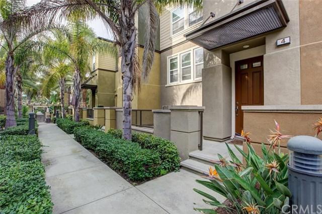 4 Bluefin Court, Newport Beach, CA 92663 (#PW17257286) :: DSCVR Properties - Keller Williams