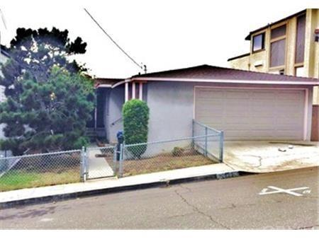 1865 Hillcrest Drive, Hermosa Beach, CA 90254 (#SB17272454) :: Keller Williams Realty, LA Harbor