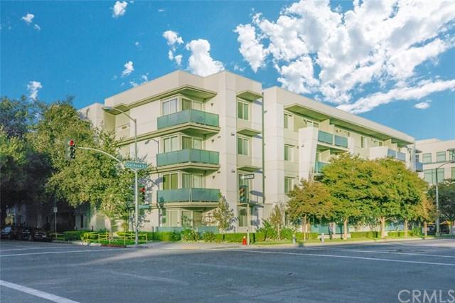 160 S Hudson Avenue #101, Pasadena, CA 91101 (#WS17272481) :: Mainstreet Realtors®