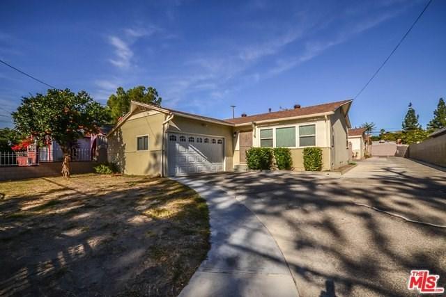 17439 Kingsbury Street, Granada Hills, CA 91344 (#17294970) :: Fred Sed Realty