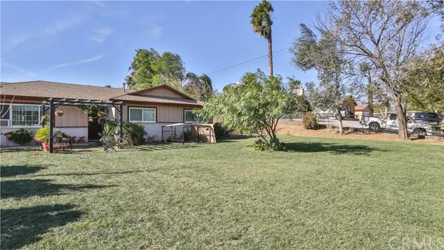 6161 Troth Street, Jurupa Valley, CA 91752 (#IV17271476) :: Provident Real Estate