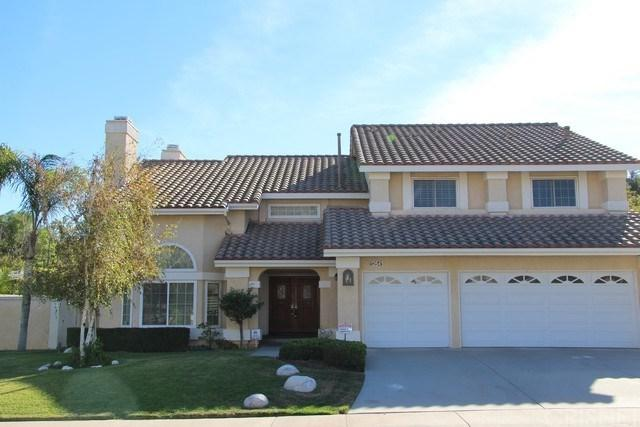 12641 Bradford Place, Granada Hills, CA 91344 (#SR17271890) :: Fred Sed Realty