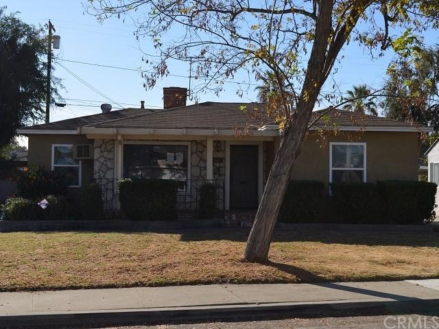 1544 Mc Comas Street, Pomona, CA 91766 (#CV17273159) :: RE/MAX Masters