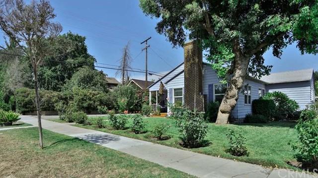 292 N 8th Avenue, Upland, CA 91786 (#CV17273209) :: Mainstreet Realtors®
