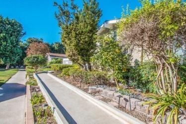 443 Avenida Sevilla F, Laguna Woods, CA 92637 (#OC17273598) :: DiGonzini Real Estate Group