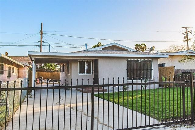 1454 W 71st Street, Los Angeles (City), CA 90047 (#DW17273655) :: The Val Ives Team