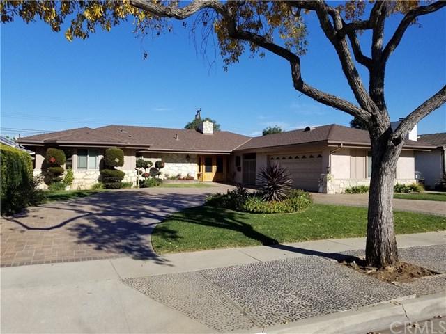 3339 Warwood Road, Lakewood, CA 90712 (#PW17273880) :: Kato Group