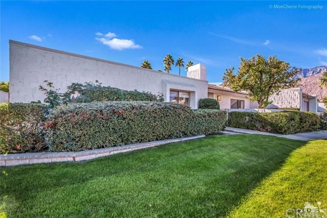 2207 Sunshine Circle #42, Palm Springs, CA 92264 (#217033912DA) :: Carrington Real Estate Services