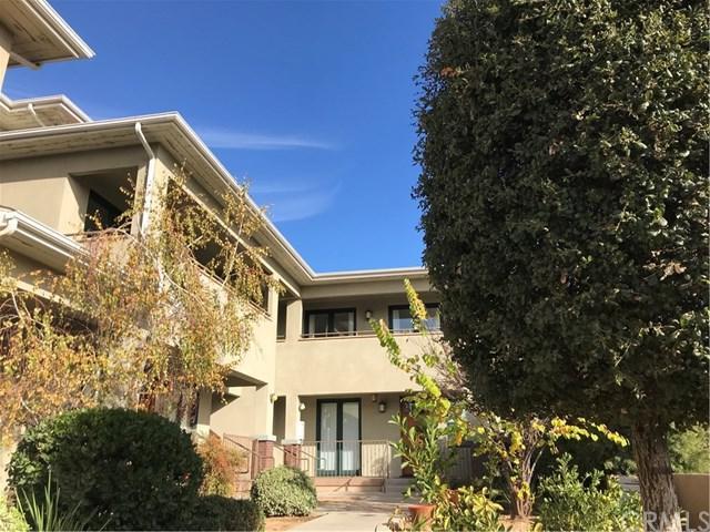 1448 N Fair Oaks Avenue #207, Pasadena, CA 91103 (#CV17273987) :: Mainstreet Realtors®