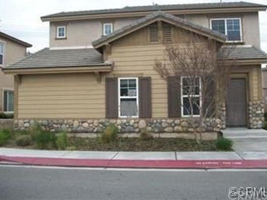 3823 Coastal Street, Riverside, CA 92501 (#PW17273218) :: Carrington Real Estate Services
