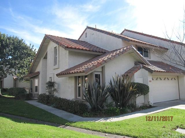 20916 Sailmaker Circle, Huntington Beach, CA 92648 (#OC17274081) :: Kato Group