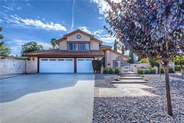 107 Acacia Glen Drive, Riverside, CA 92506 (#IV17261977) :: Carrington Real Estate Services