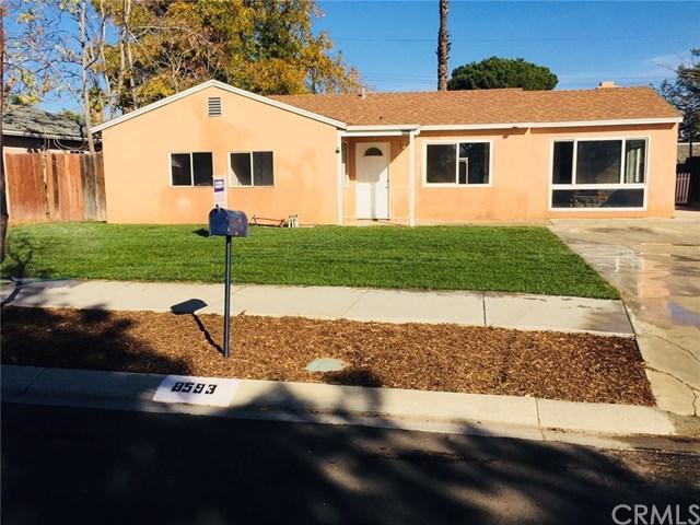 8593 Greenpoint Avenue, Riverside, CA 92503 (#PW17273033) :: Carrington Real Estate Services