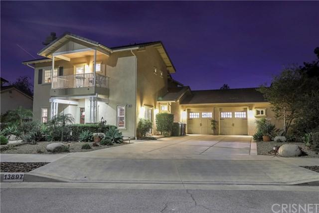 13897 Eldridge Avenue, Sylmar, CA 91342 (#SR17274182) :: Fred Sed Realty