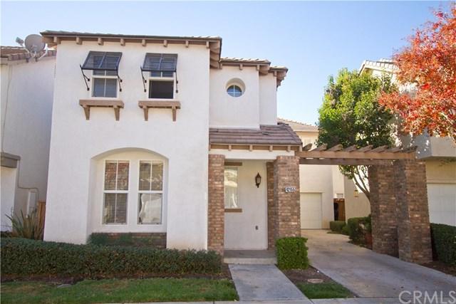 42155 Calabria Drive, Temecula, CA 92591 (#SW17274224) :: Carrington Real Estate Services