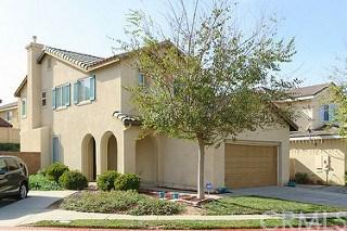 33711 Mistflower Court, Lake Elsinore, CA 92532 (#OC17274295) :: Allison James Estates and Homes