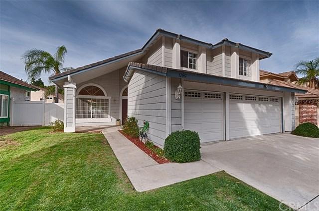 1259 Regent Circle, Corona, CA 92882 (#PW17274273) :: Mainstreet Realtors®