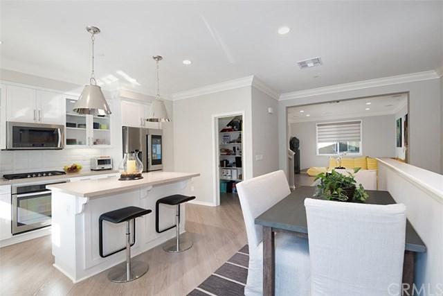16877 Airport Circle #103, Huntington Beach, CA 92649 (#PW17274545) :: DiGonzini Real Estate Group