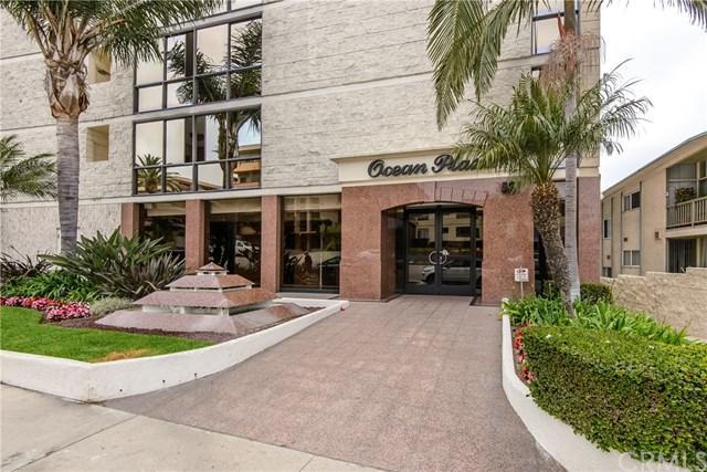 531 Esplanade #208, Redondo Beach, CA 90277 (#SB17272756) :: Lamb Network