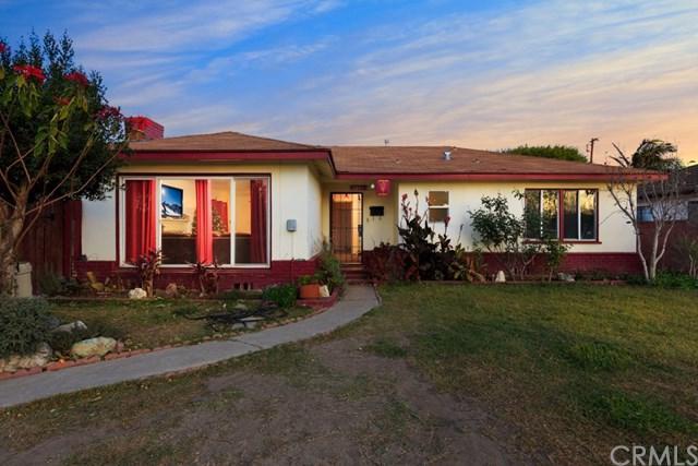 1215 Halladay Street, Santa Ana, CA 92707 (#PW17273389) :: Teles Properties   A Douglas Elliman Real Estate Company