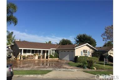 16592 Simonne Lane, Huntington Beach, CA 92647 (#OC17269883) :: Teles Properties   A Douglas Elliman Real Estate Company