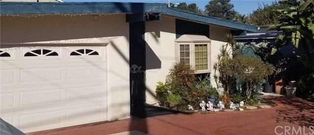 2431 Santa Ana Avenue, Costa Mesa, CA 92627 (#OC17274217) :: DiGonzini Real Estate Group