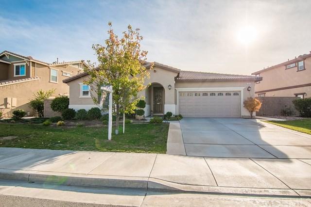 29325 Fenwick Circle, Menifee, CA 92584 (#SW17274920) :: Allison James Estates and Homes