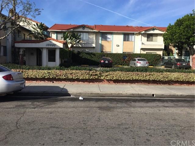 14405 Cerise Avenue #2, Hawthorne, CA 90250 (#SB17273471) :: Erik Berry & Associates