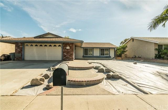 1104 Jefferson Street, Lake Elsinore, CA 92530 (#SW17275065) :: Impact Real Estate
