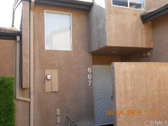 667 Parkview Drive, Lake Elsinore, CA 92530 (#SW17275255) :: Impact Real Estate